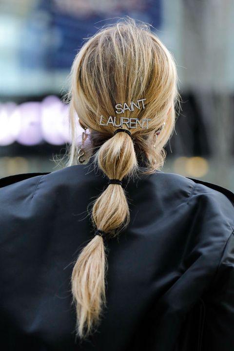 los peinados para el pelo largo coleta burbuja