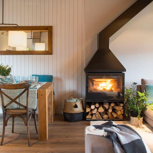 salón comedor con chimenea moderna