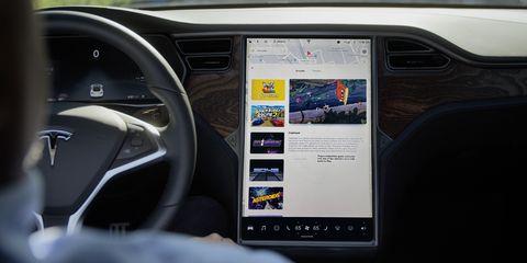 Tesla-infotainment