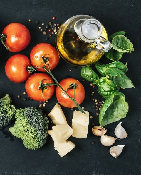 Ingredients (tomatoes, broccoli, garlic, basil, parmesan cheese, and spices)