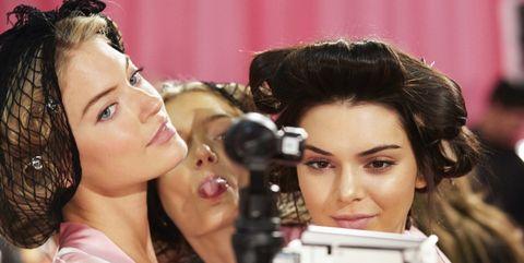 Hair, Head, Lip, Hairstyle, Eyelash, Black hair, Earrings, Makeover, Brown hair, Cosmetics,