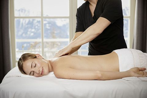 Spa, Shoulder, Massage, Skin, Chiropractor, Joint, Therapy, Massage table, Neck, Comfort,