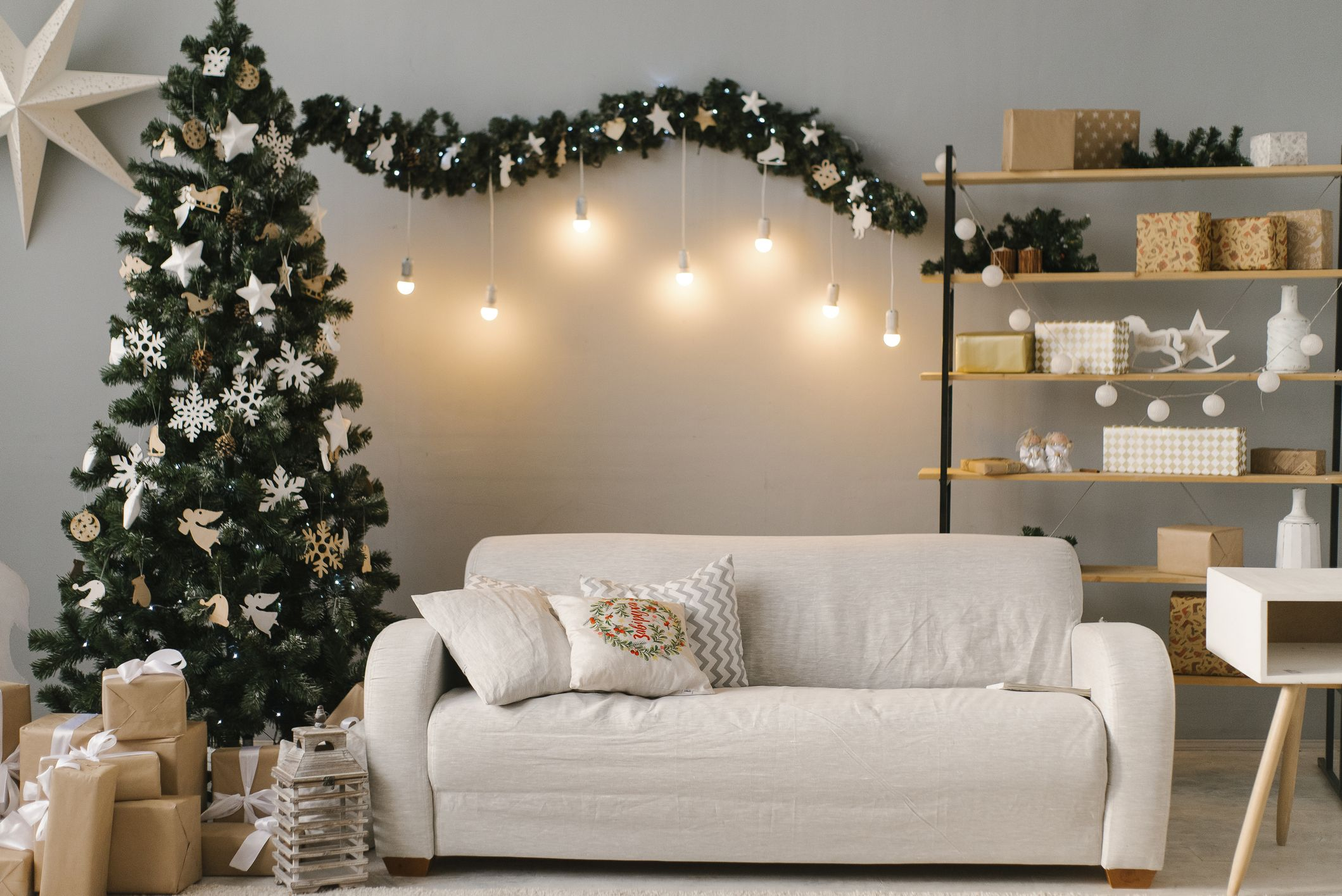 50 Christmas Decoration Ideas 2020 - Pretty Holiday Decor