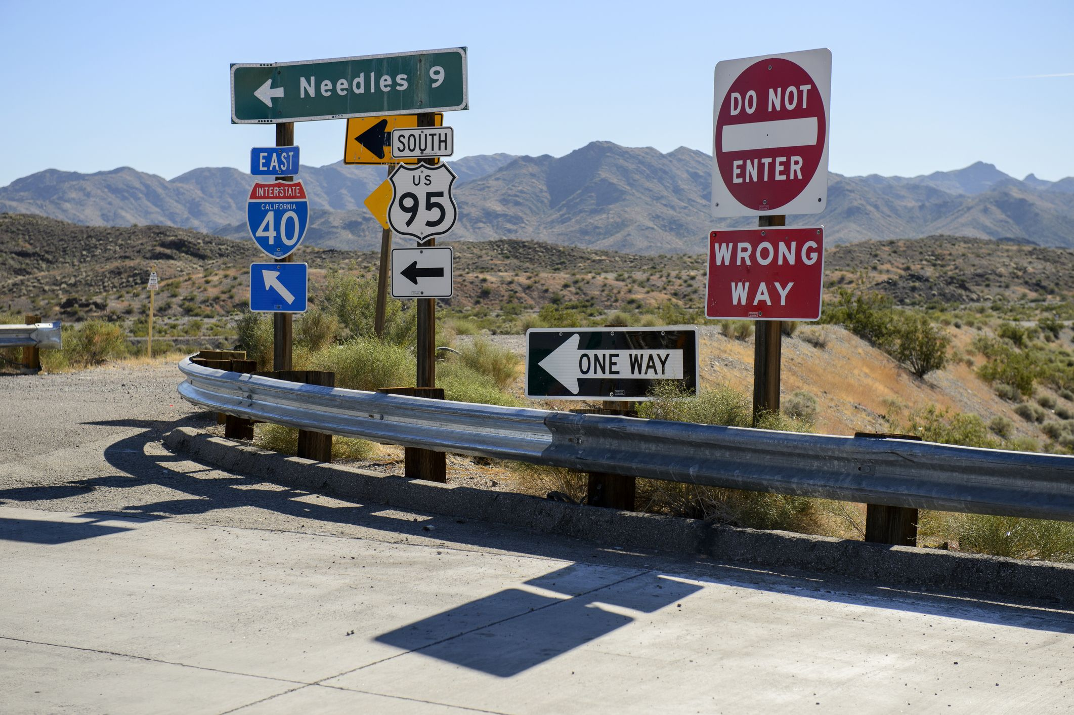 graphic relating to Printable Fonts for Signs called Street Gothic vs Clearview: Fight of the U.S. Highway Indication Fonts