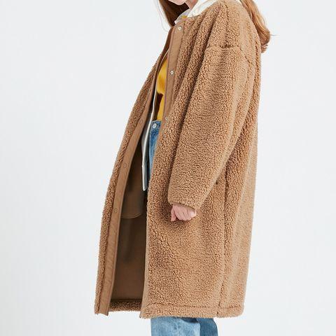 Clothing, Beige, Outerwear, Brown, Shoulder, Textile, Cardigan, Linens, Sleeve, Linen,