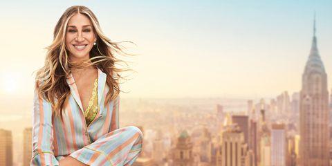 È nella nuova pubblicità Intimissimi 2019 che si capisce qual è il reggiseno dell'estate: è arrivata la collezione triangoli Intimissimi selezionata da Sarah Jessica Parker, che adesso parla pure italiano.