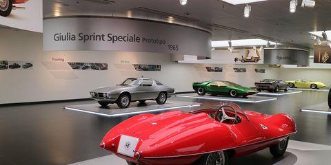 Vehicle, Car, Automotive design, Classic car, Classic, Antique car, Alfa romeo disco volante, Sports car, Coupé, Auto show,