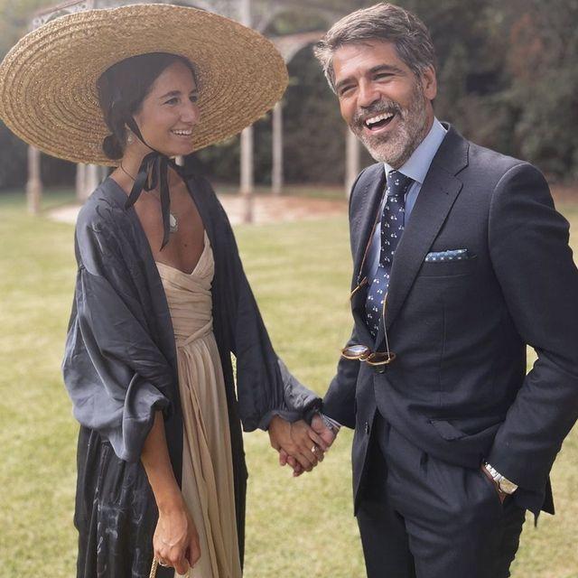 alejandra, la invitada española maravilla con kimono largo de zara