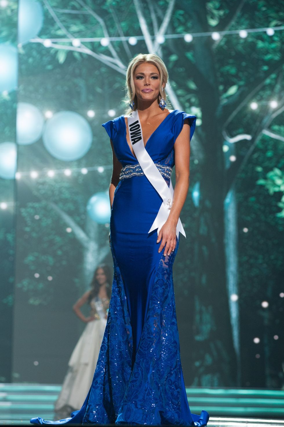 Who Is Kelsey Weier? - Peter Weber 'Bachelor' Contestant Was Miss Iowa