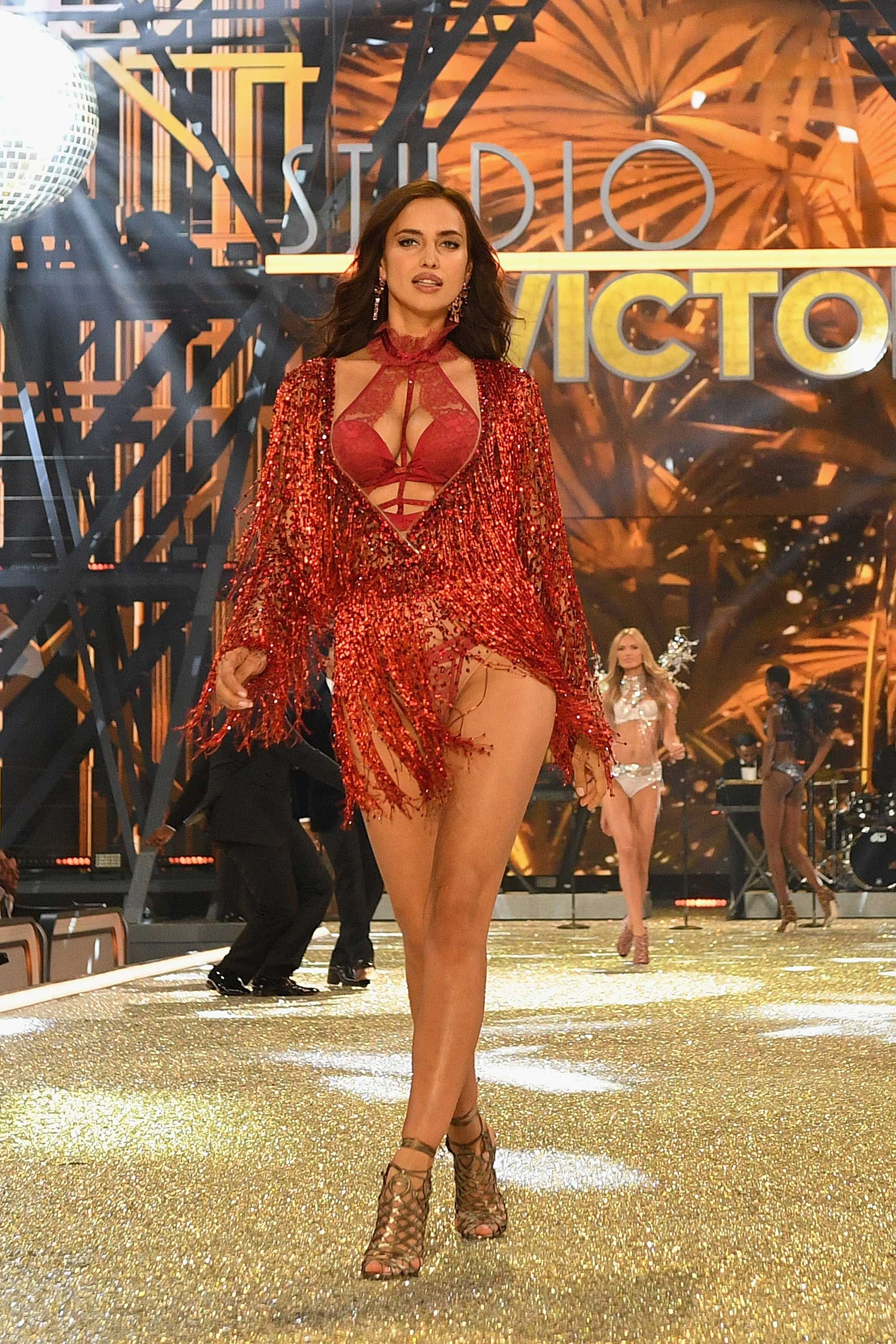 Why Victorias Secret still refuses to include plus-size women in its shows