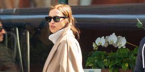 Irina Shayk con look casual en Nueva York