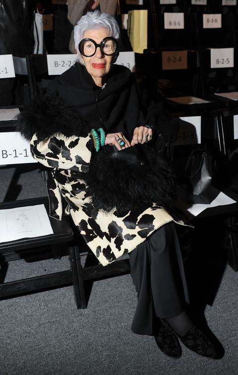 joanna mastroianni   front row  fall 2012 mercedes benz fashion week