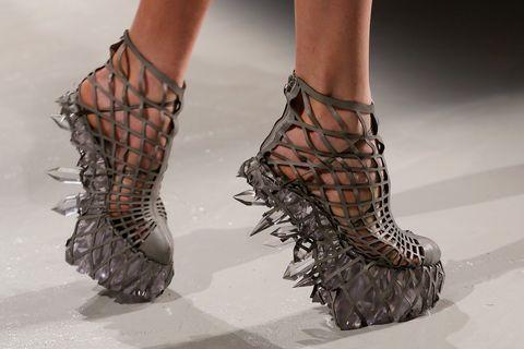 Zapatos de Iris Van Herpen