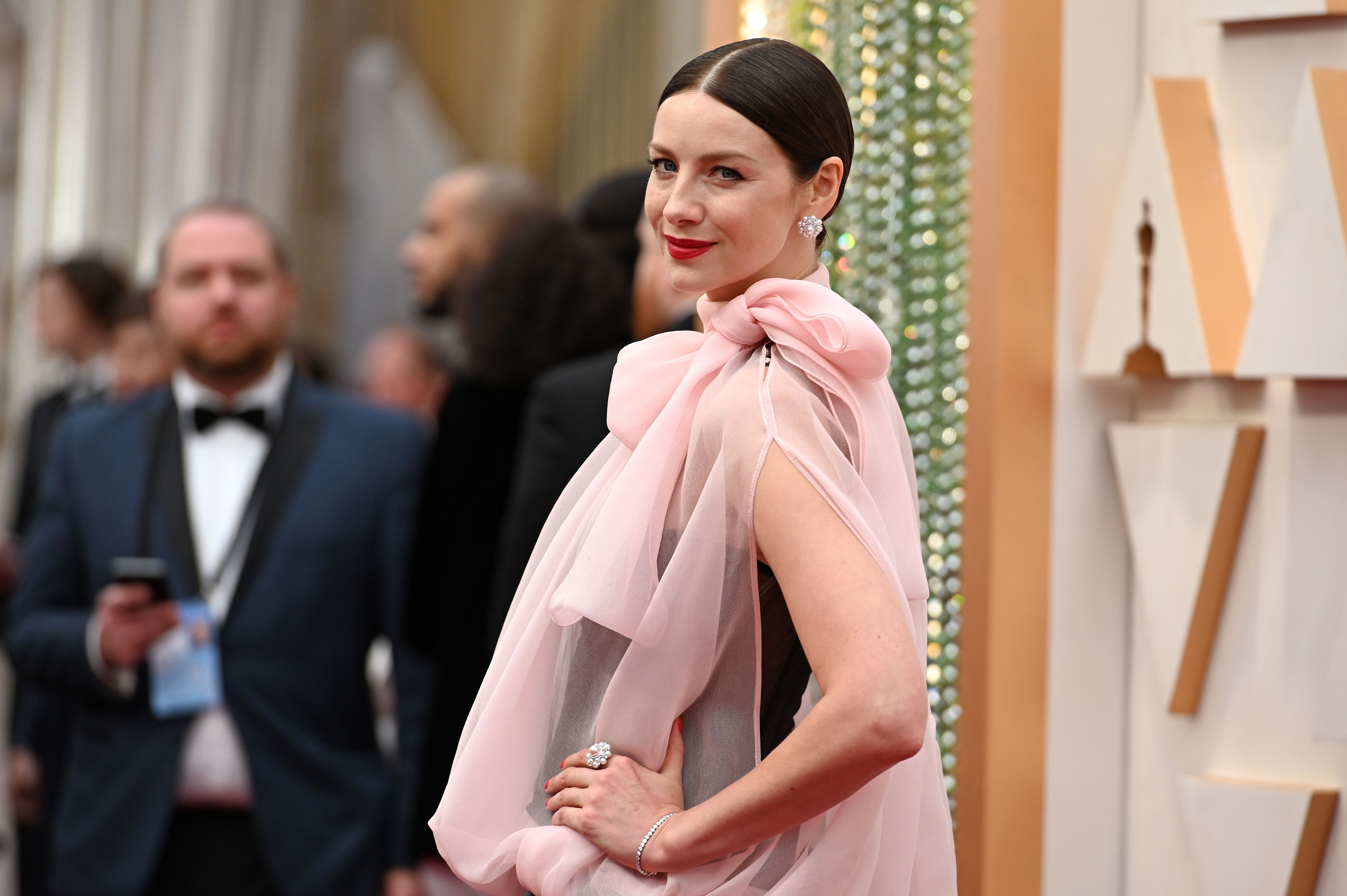Caitriona Balfe Showed Up to the Oscars Red Carpet Wearing Valentino Haute Couture