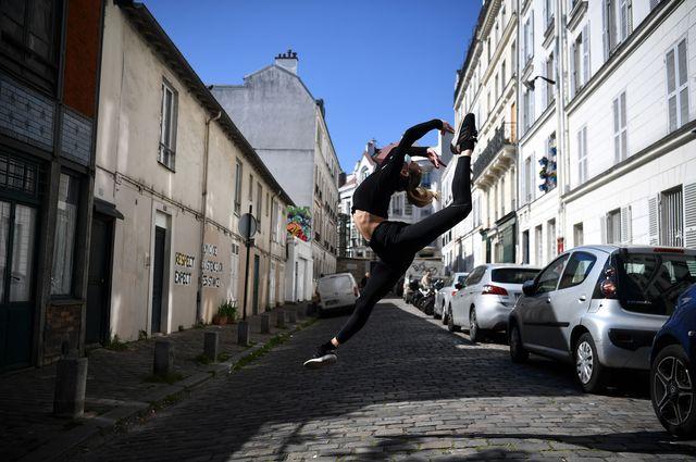 france health virus dancer