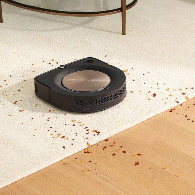 irobot roomba s9 vacuuming on carpet