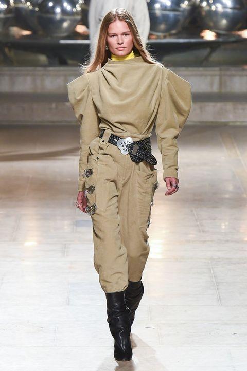 Fashion model, Fashion show, Fashion, Runway, Clothing, Shoulder, Khaki, Joint, Human, Waist,