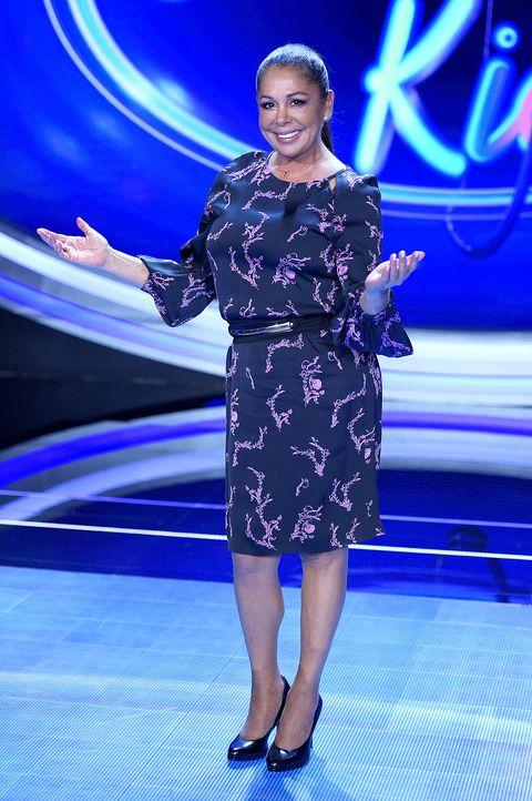 isabel pantoja en la presentación del programa 'idol kids' en telecinco