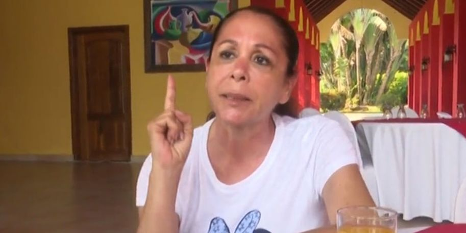 Isabel Pantoja advierte a Omar Montes y se le cae la venda con la 'traicionera' de Aneth