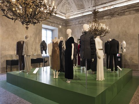Museum, Tourist attraction, Building, Architecture, Sculpture, Art, Display window, Visual arts, Interior design, Collection,