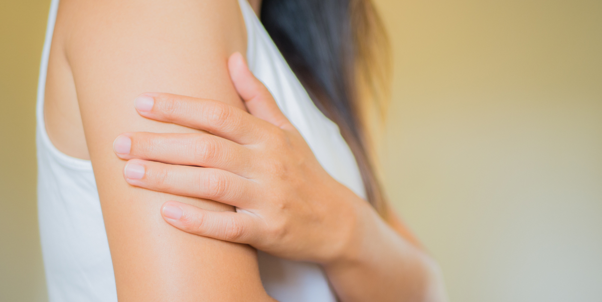 Doctors Explain Why You Have Unbearably Itchy Skin With No Rash in Sight