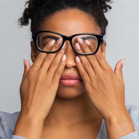 11 causes of itchy eyes and how to treat them