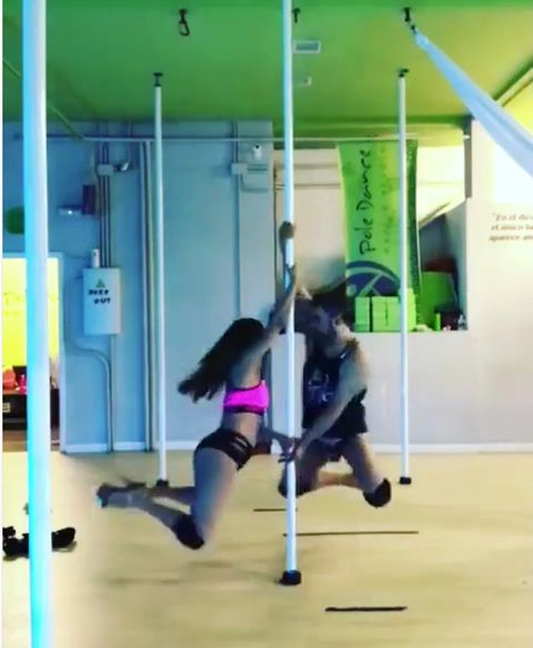 Pole dance, Dance, Physical fitness, Sports, Strength training, Crossfit, Performing arts, Recreation, Sports training, Team sport,