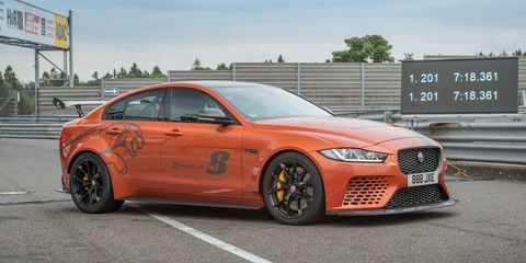 Jaguar XE SV Project 8 nuevo récord en Nürburgring