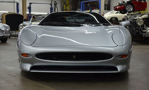 Land vehicle, Vehicle, Car, Sports car, Supercar, Motor vehicle, Performance car, Luxury vehicle, Automotive design, Jaguar xj220,