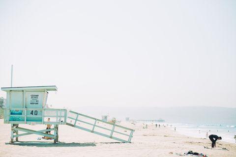 Beach, Sea, Sky, Atmospheric phenomenon, Water, Sand, Ocean, Shore, Coast, Vacation,