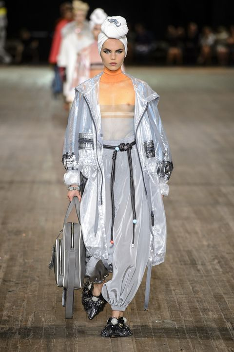 Fashion, White, Clothing, Runway, Fashion show, Fashion model, Outerwear, Fashion design, Street fashion, Dress,