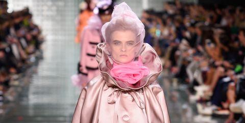 Fashion, Fashion model, Runway, Fashion show, Pink, Clothing, Outerwear, Haute couture, Human, Event,