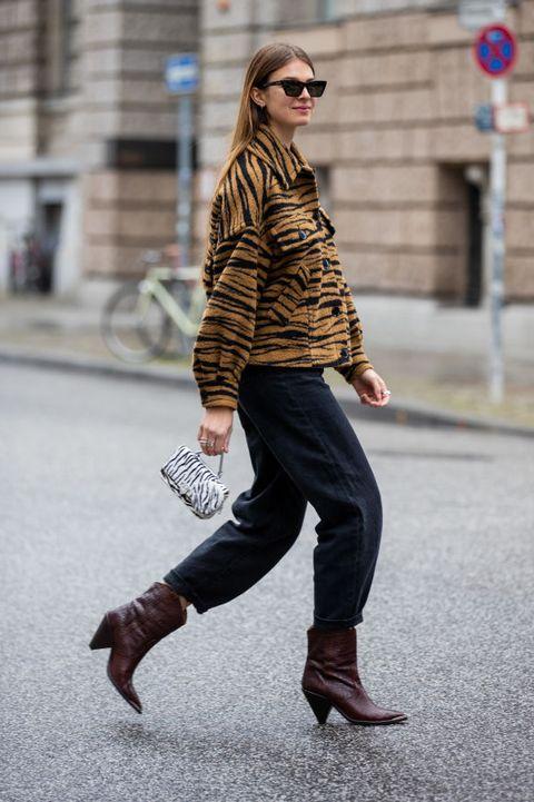 ミニバッグ ストリートスタイル ファッション