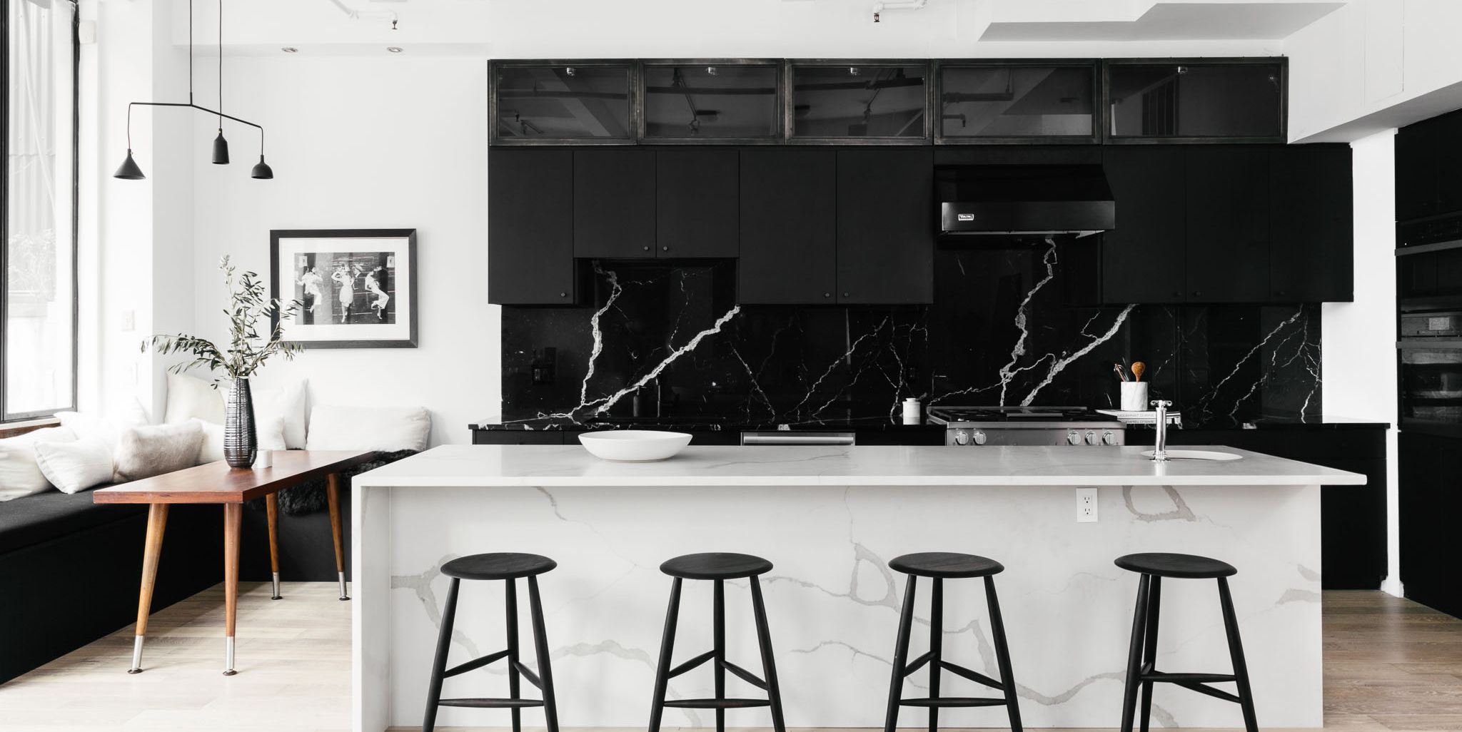 23 Modern Cabinet Ideas For a Streamlined Kitchen