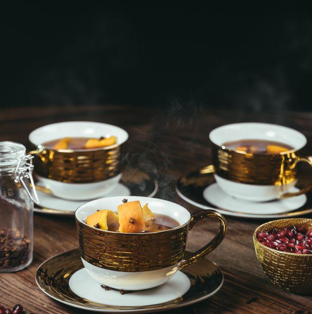 Cup, Coffee cup, Teacup, Cup, Food, Tableware, Dish, Serveware, Drinkware, Saucer,