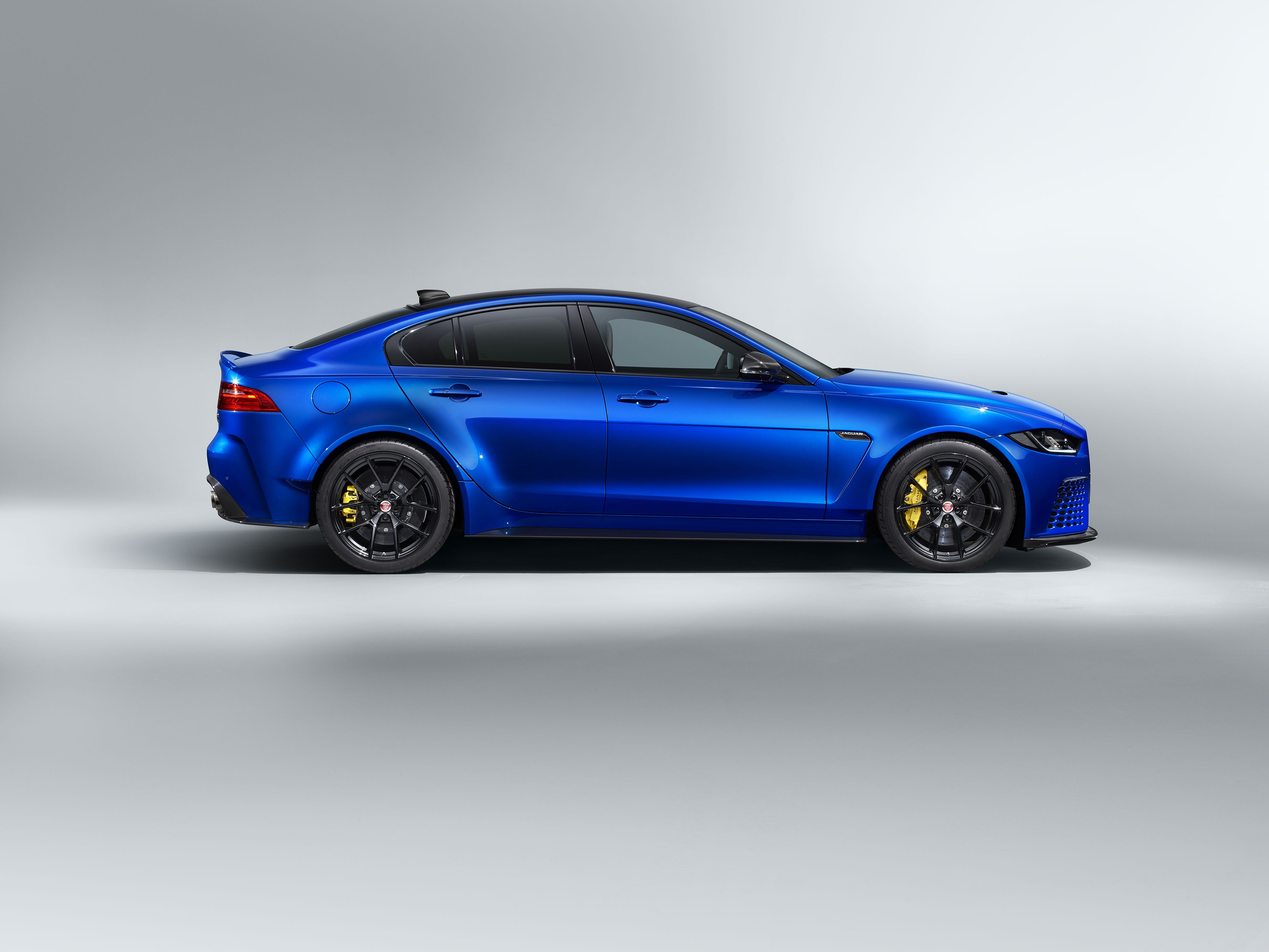 Jaguar Xe Sv Project 8 Touring No Wing Lower Top Speed