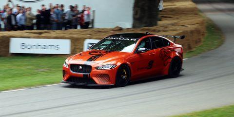 Tire, Wheel, Automotive design, Vehicle, Car, Performance car, Rim, Grille, Automotive tire, Sports car racing,