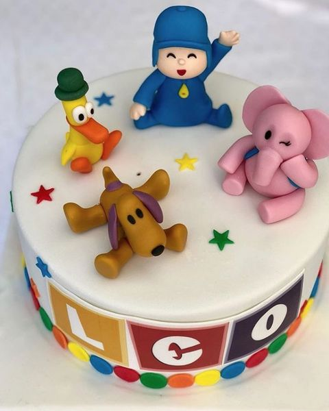 Cake decorating supply, Fondant, Cake decorating, Cake, Sugar paste, Icing, Birthday cake, Royal icing, Baked goods, Dessert,