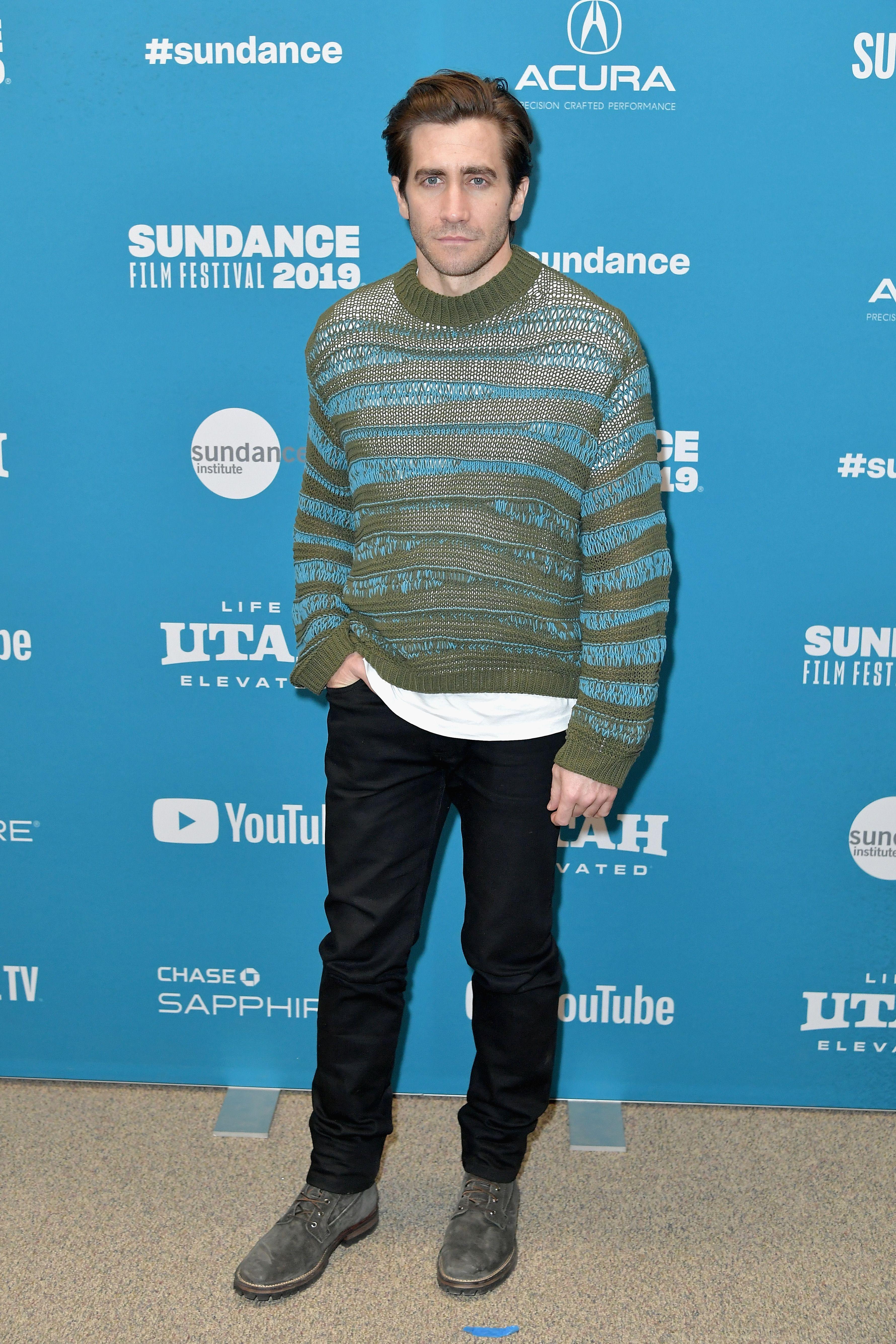 Jake Gyllenhaal jersey