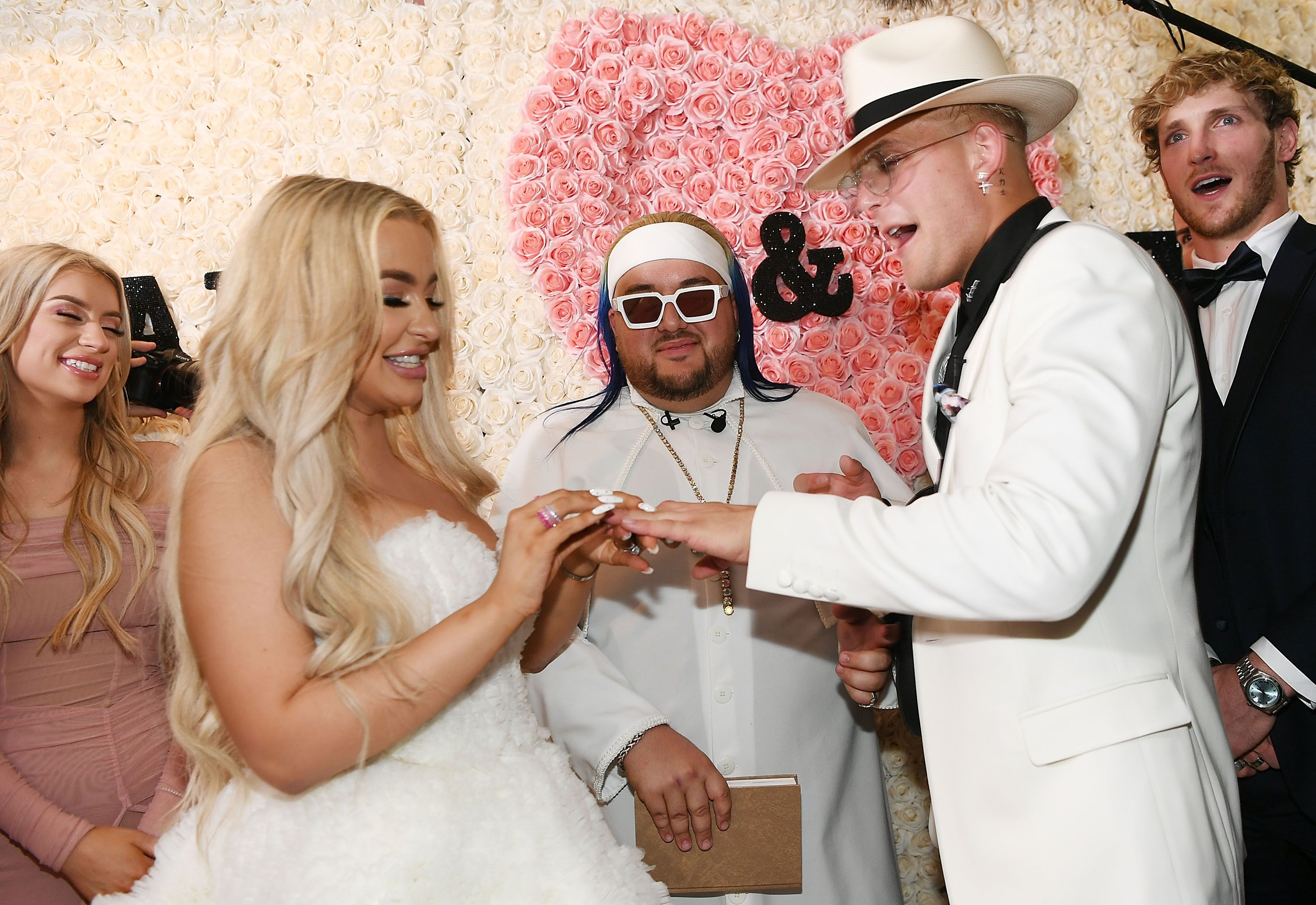 """YouTube stars Tana Mongeau and Jake Paul announce marriage """"break"""" after just five months"""