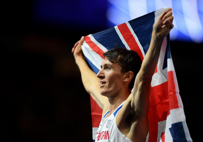Jake Wightman breaks British 1,000m indoor record