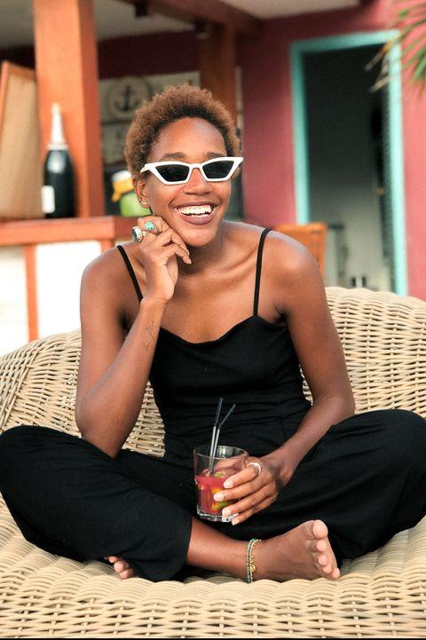 Eyewear, Black, Sunglasses, Beauty, Sitting, Glasses, Vacation, Photo shoot, Photography, Model,