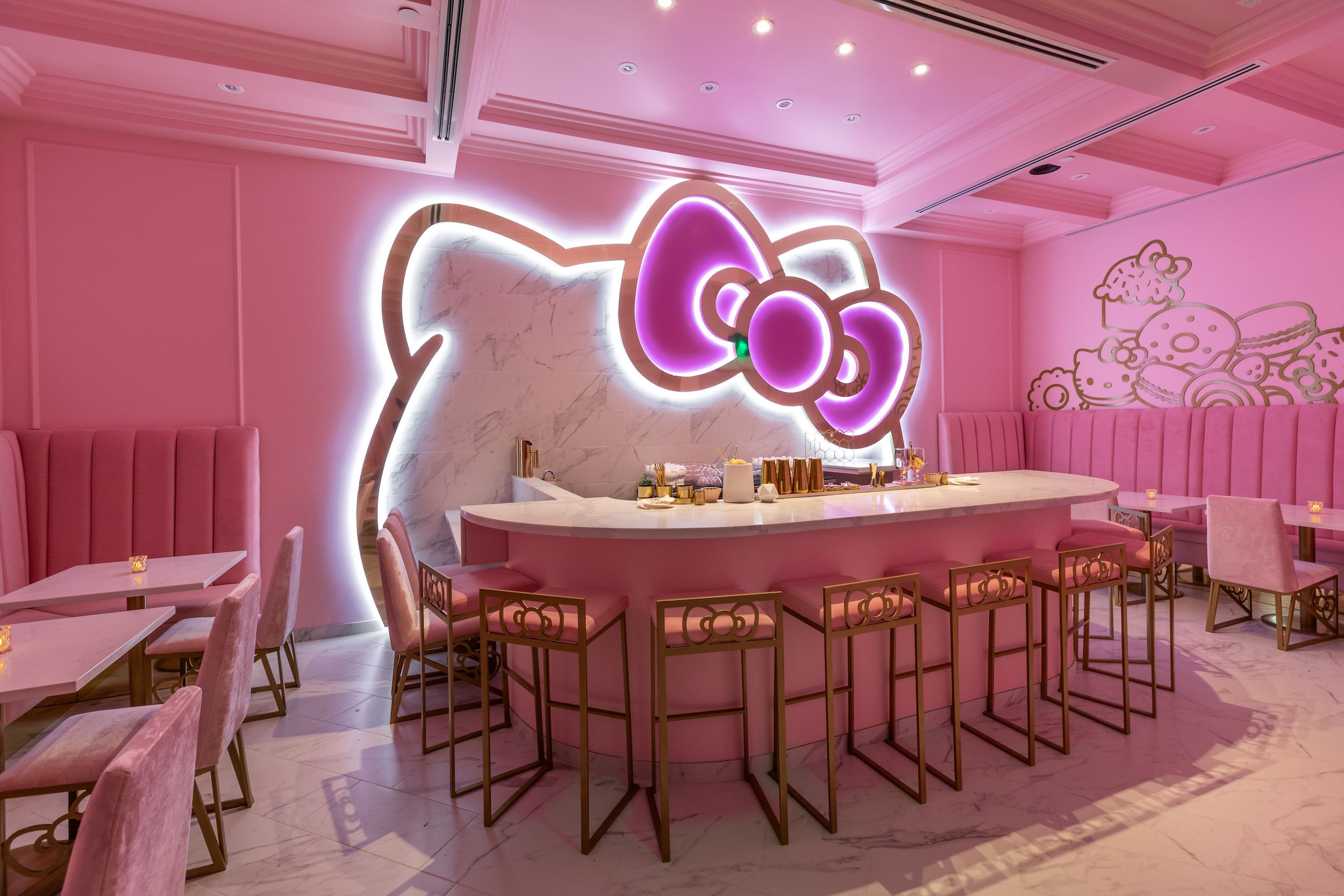 The Hello Kitty Cafe's Fall Menu Will Make You Want To Book A Trip To California