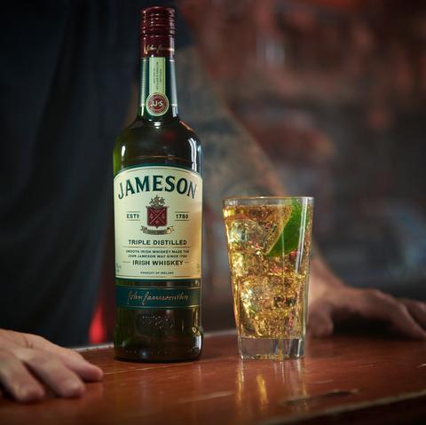 Alcoholic beverage, Distilled beverage, Drink, Liqueur, Alcohol, Bottle, Whisky, Glass bottle, Scotch whisky, Single malt scotch whisky,