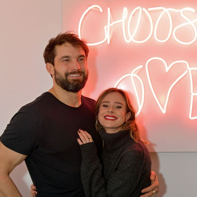 'choose love' shop for help refugees opens in london