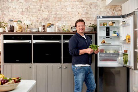 jamie oliver   food waste   food fridge   hotpoint