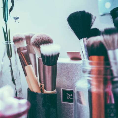 Brush, Blue, Cosmetics, Beauty, Pink, Makeup brushes, Eye, Eye shadow, Material property, Room,
