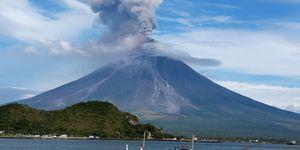 PHILIPPINES-ALBAY-VOLCANO-ERUPTION