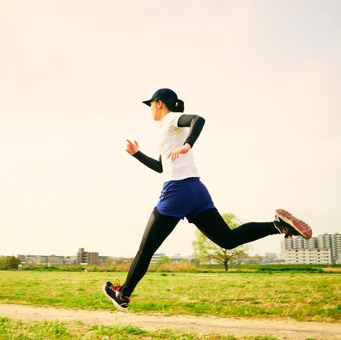 japanese teen women are running in preparation for exercise