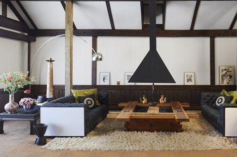 Room, Interior design, Living room, Furniture, Building, House, Ceiling, Architecture, Design, Table,